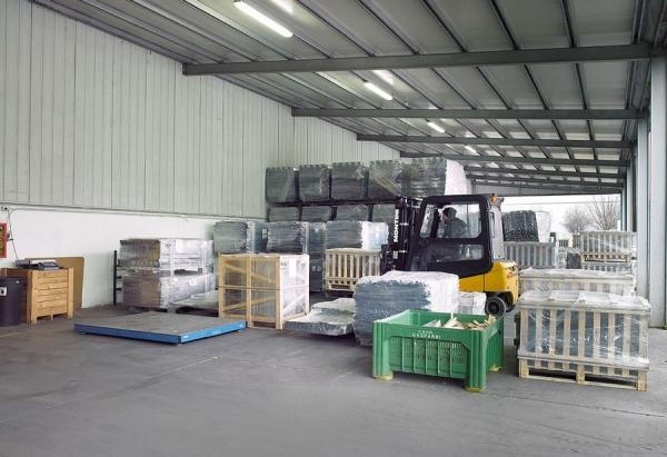 logistica e movimentazione carpenteria metallica